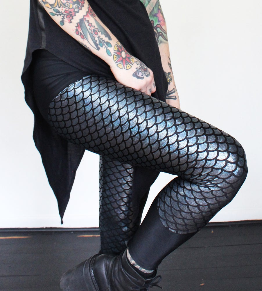Image of Blue/black mermaid leggings