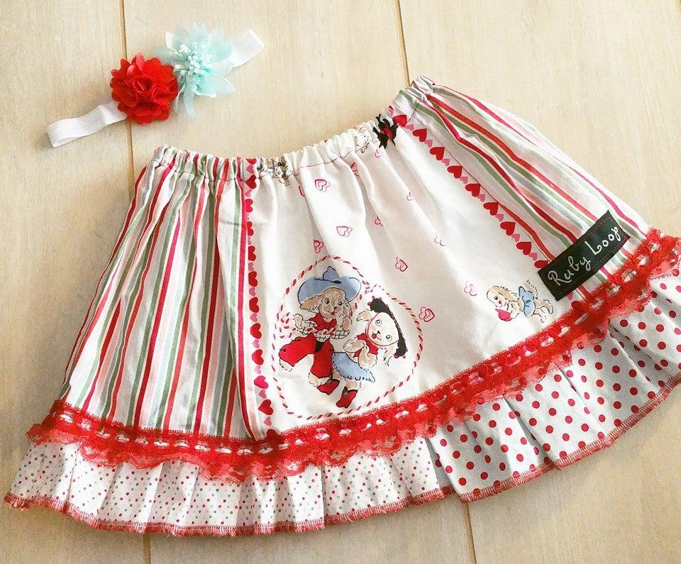 Image of Puppy Love Valentine skirt
