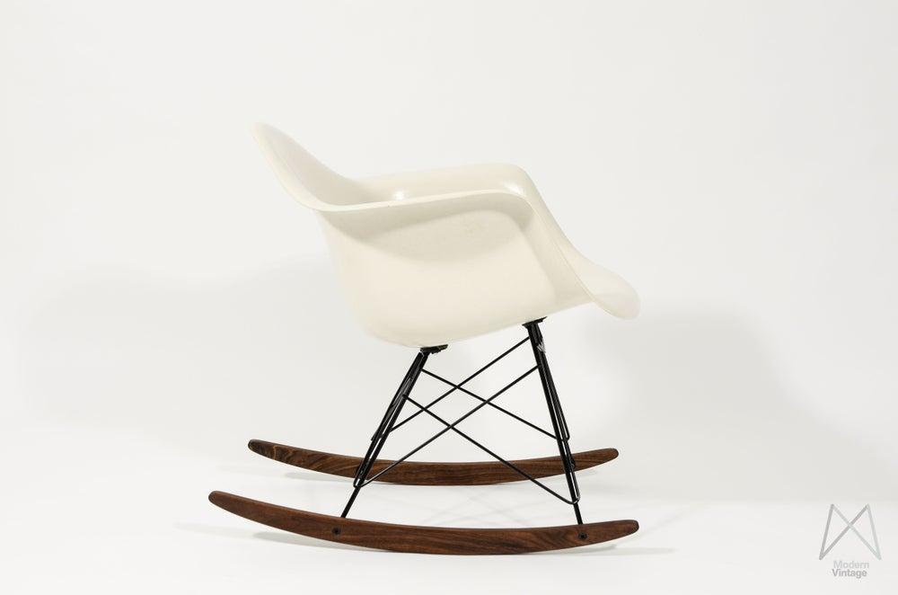 ... Eames Furniture — Eames Herman Miller Off white Parchment rocker