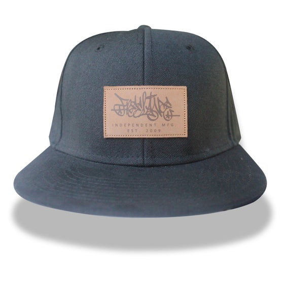 Image of Black 6 Panel Strpback Cap
