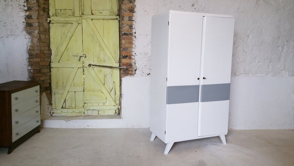 Image of Petite armoire 1960 blanc/gris