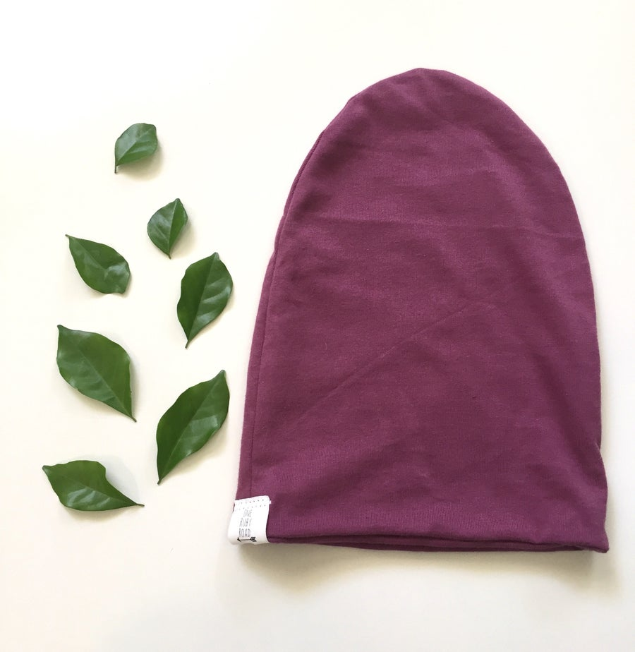 Image of Maroon slouch beanie