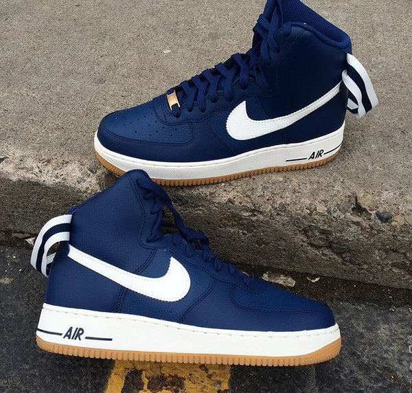 Image of NIKE AIR FORCE 1 HI BLUE GUM BOTTOM
