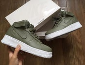 Image of NIKE AIR FORCE 1 PREMIUM LEATHER MID | OLIVE