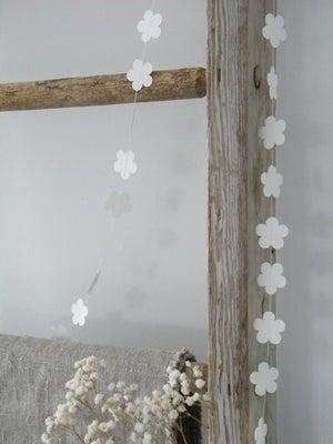 Image of Guirlande de fleurs (GRLFLEUR)