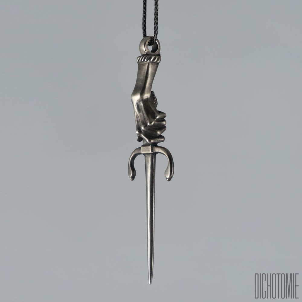 Image of The Midnight Dagger Pendant