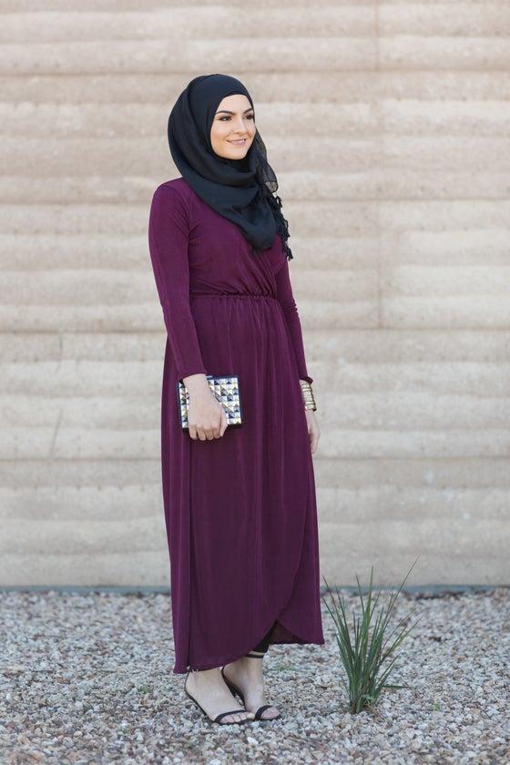 Image of La Sera Maxi dress (burgundy)