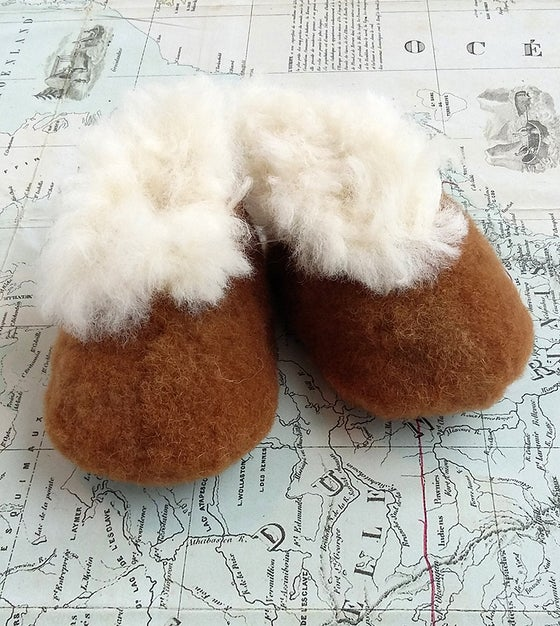 Image of Baby Alpaca Slippers Brown and White