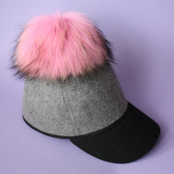 Image of Grey Single Pom *Pink Black Mix*