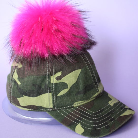 Image of Camo Single Pom *Dark Pink Black Mix*