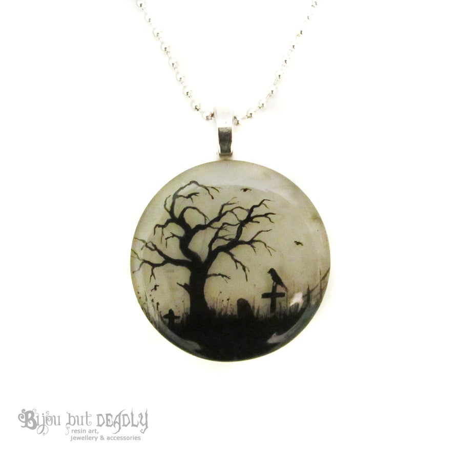 Image of Gloomy Wood Resin Round Pendant