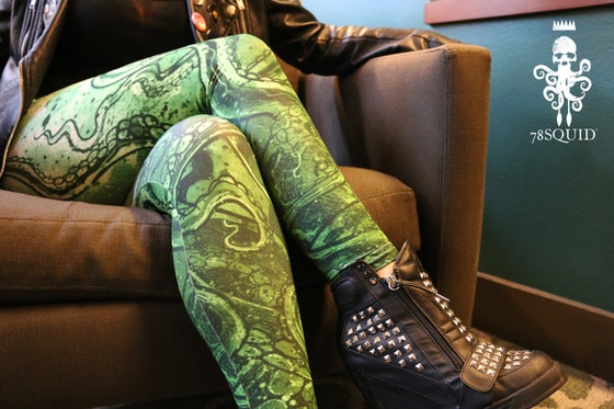 Image of TENTACLE RISING LEGGINGS