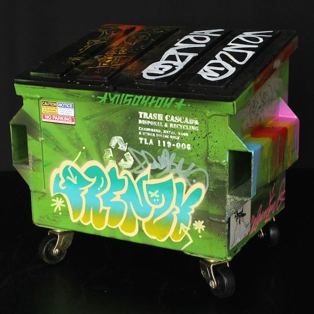 Image of Green Dye Desktop Dumpster