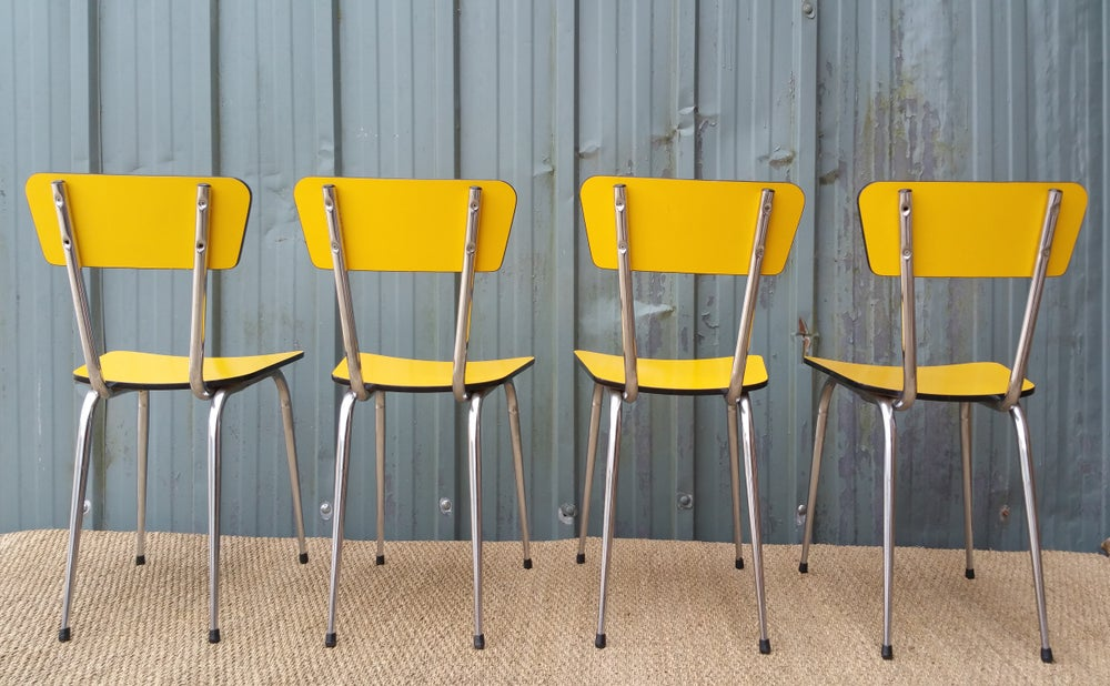 Image of Lot de 4 chaises en formica jaune
