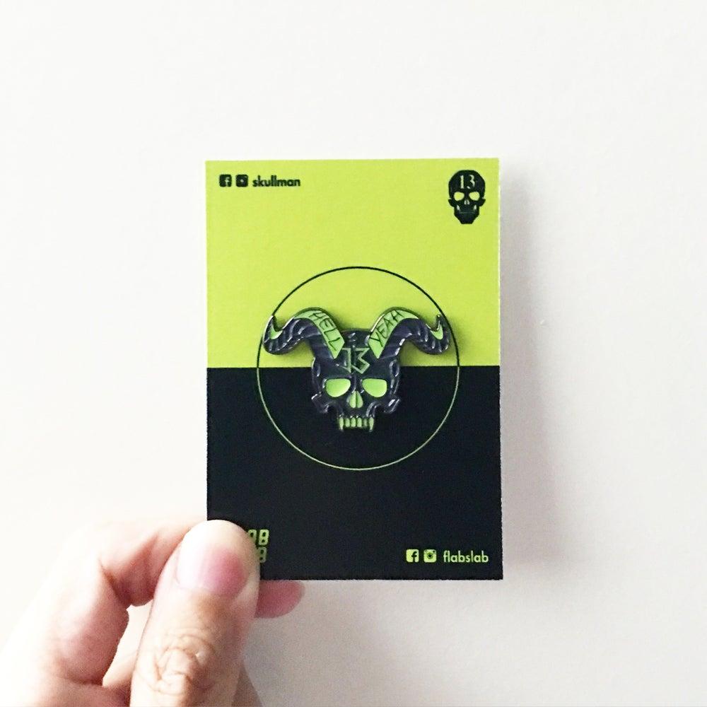 Image of Skull Horn enamel pin