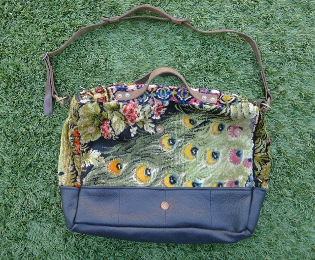 Image of THE VELVET PEACOCK SHOULDER BAG