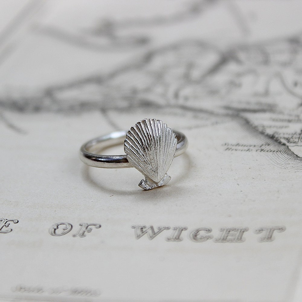 Image of scallop shell ring