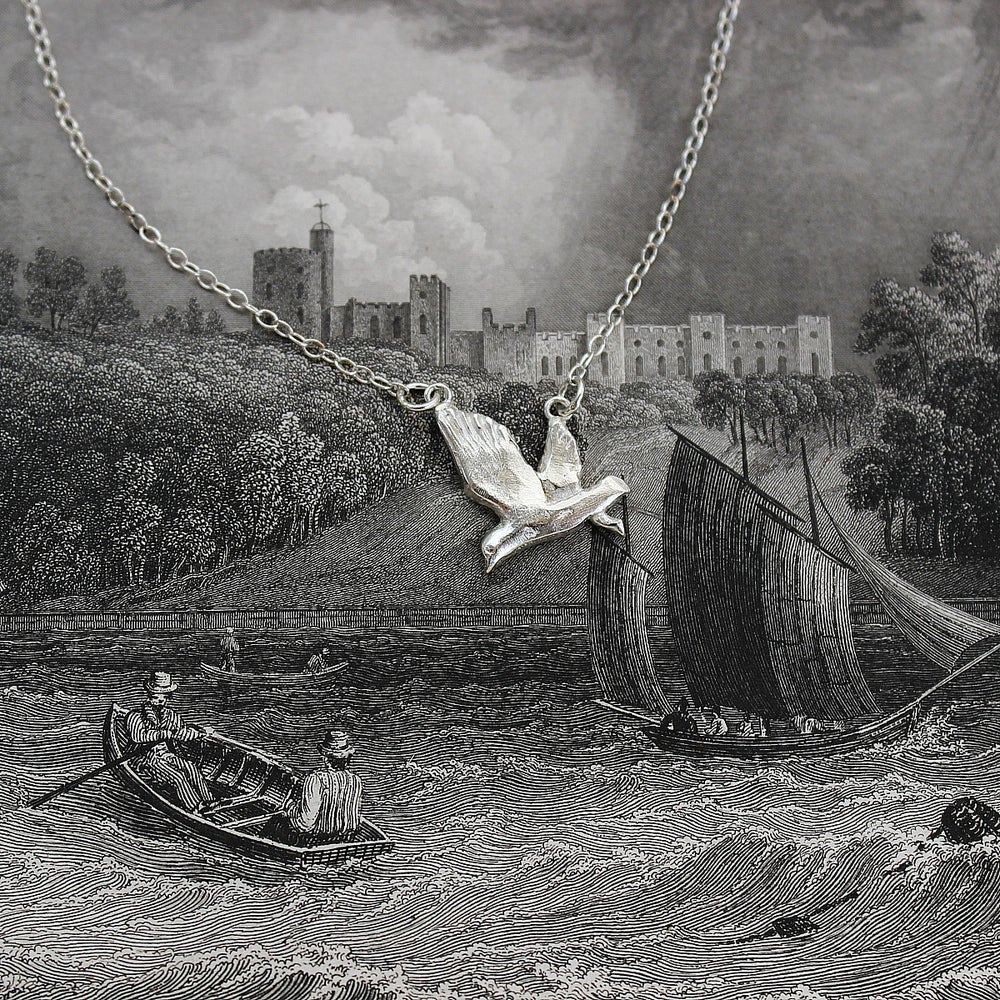 Image of *NEW* seagull necklace