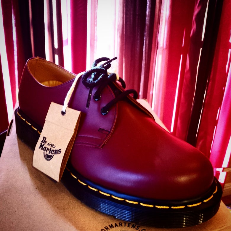 Image of Dr. Martens Cherry 3 eyes