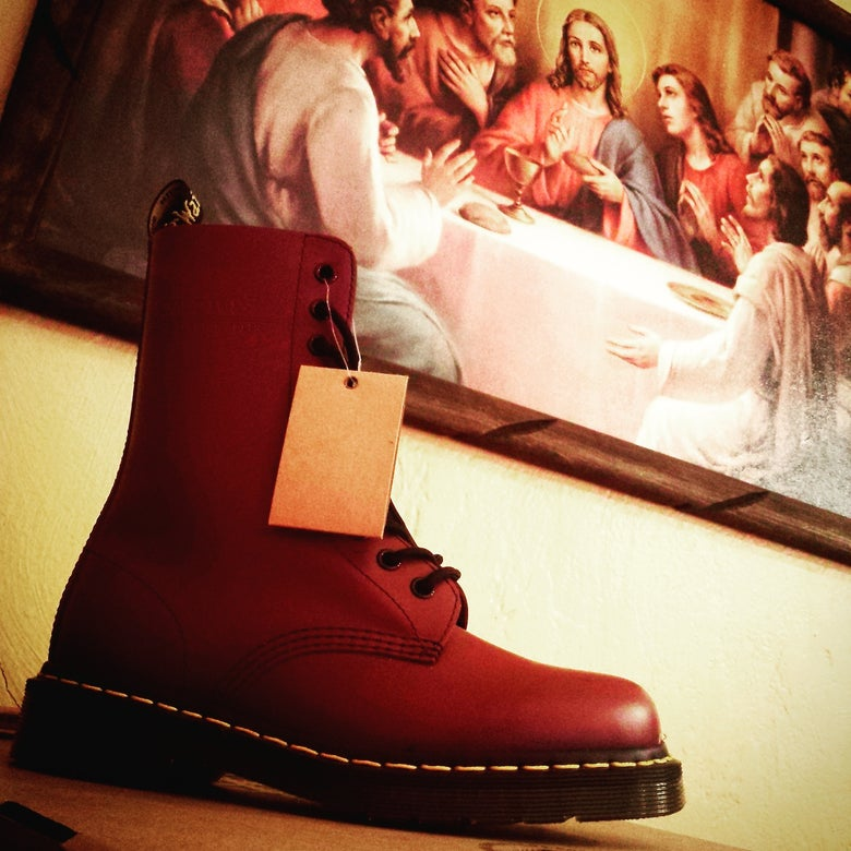 Image of Dr. Martens Cherry 10holes