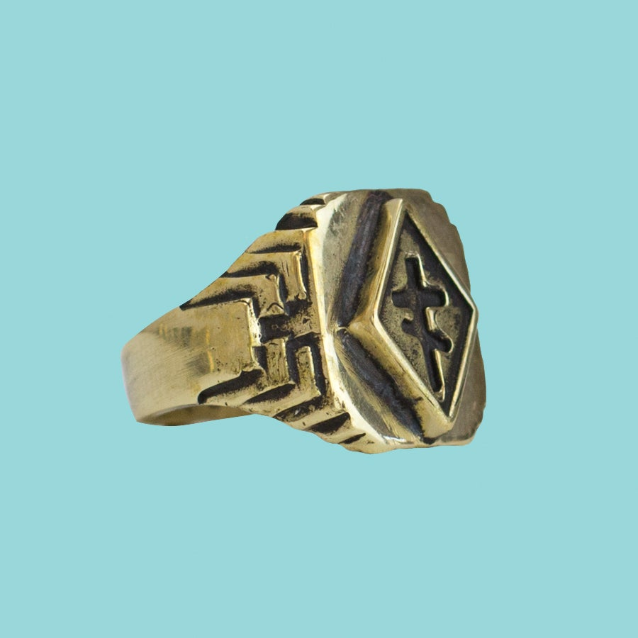 Image of CROSS OF THIEVES RING