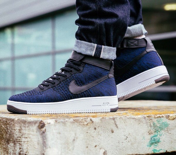 Image of NIKE AIR FORCE 1 FLYKNITS NAVY