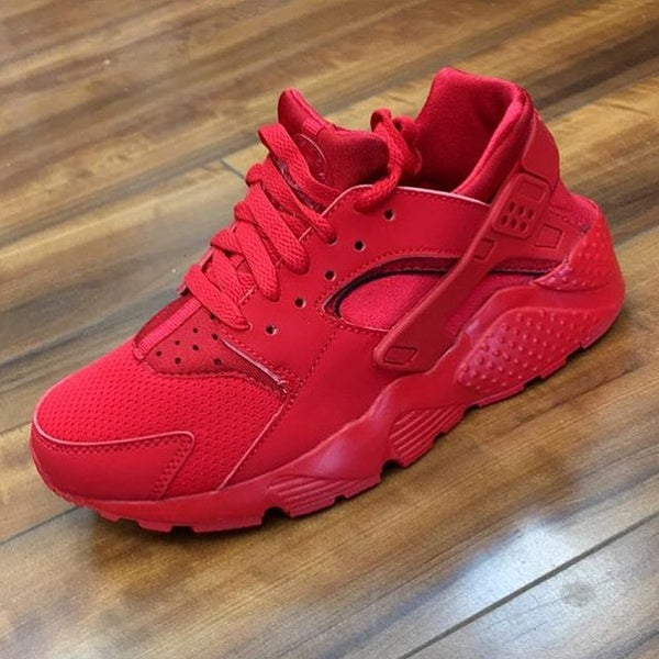 Image of NIKE HUARACHES RED