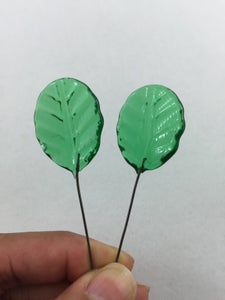 Image of Headpins - green leaf