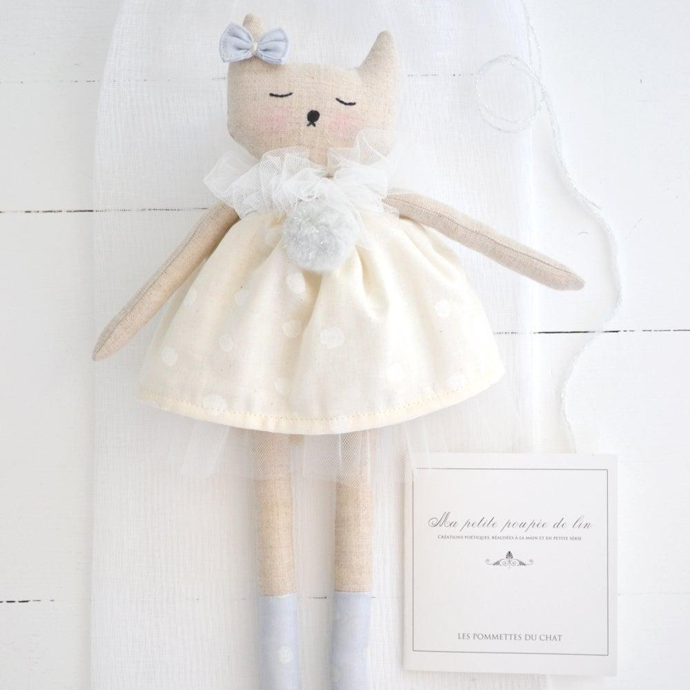 """Image of """"Ma petite poupée de lin"""" 3"""