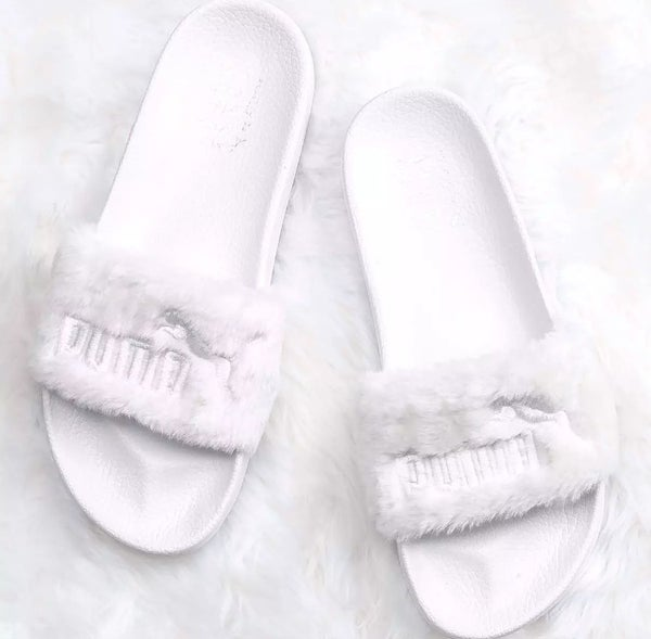 Image of WHITE PUMA SLIDES BY RIHANNA