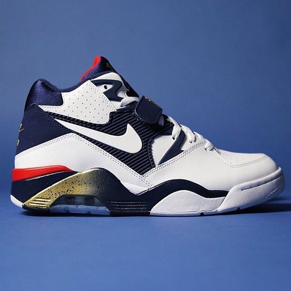 Image of NIKE BARKLEY AIR MAX 180