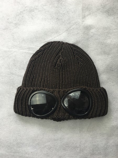Image of Cp company Anthracite brown goggle beanie