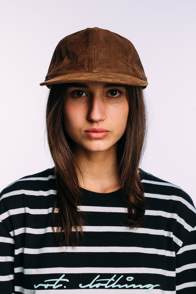 Image of The Vot 'In distressed' cap in brown leather