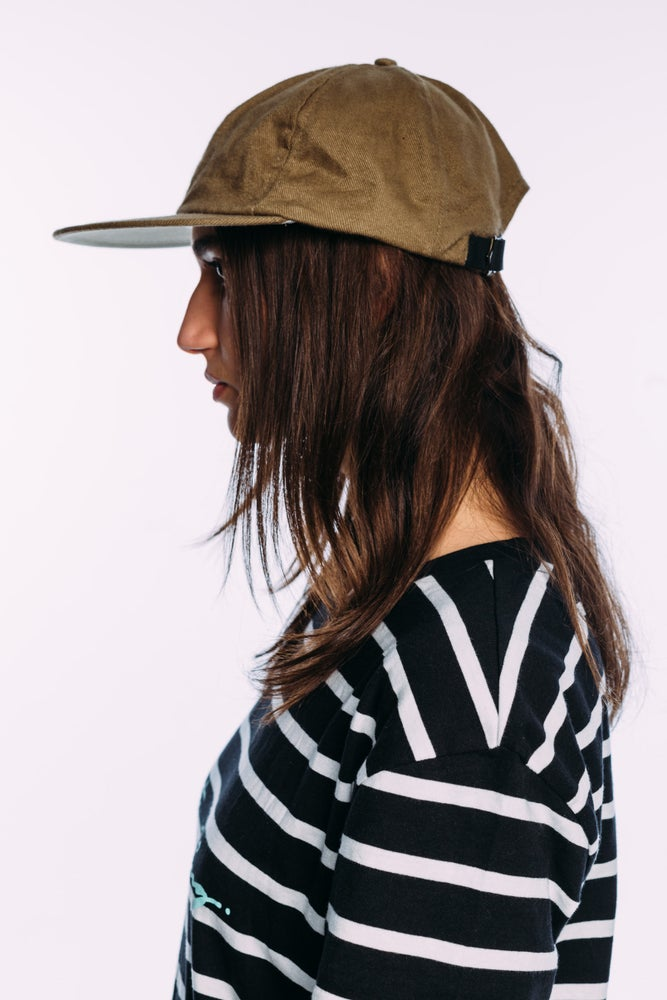 "Image of The Vot ""khaki"" cap"