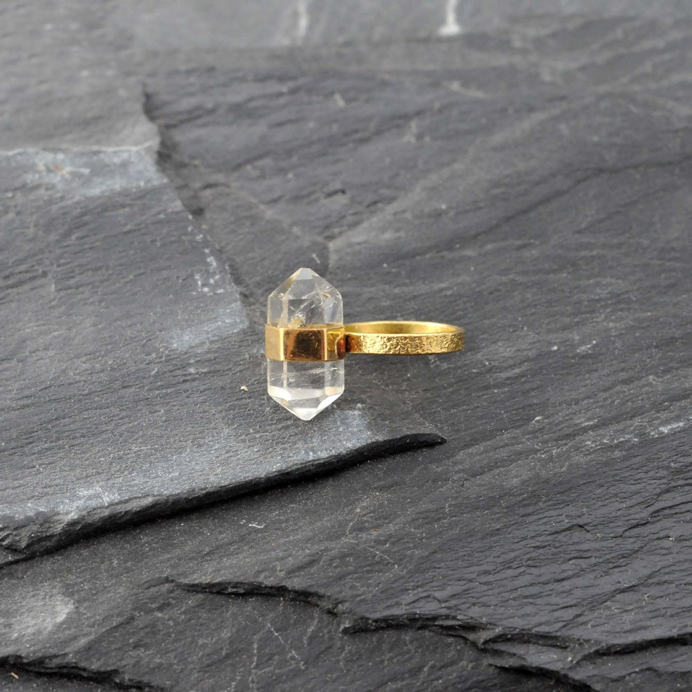 Image of Band ring with crystal