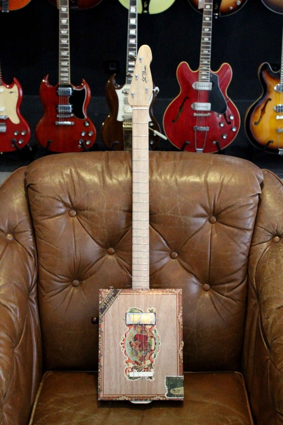 Image of St.Blues Cigar Box Guitar 4 Premium(modelo 2)