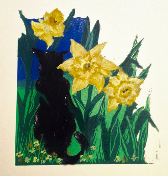 Image of Sunshine Cat: Belle and Giant Daffodils