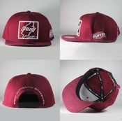 Image of Soin Maroon & White