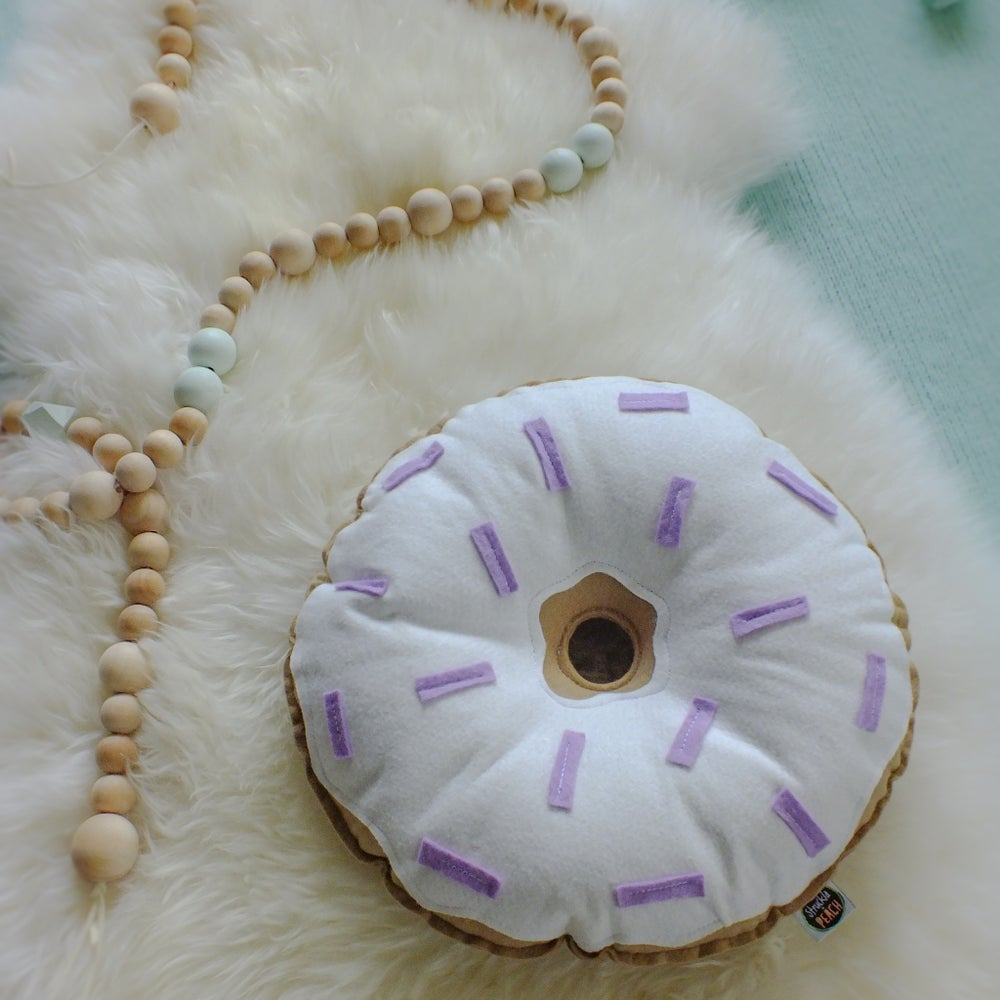 Image of THE PASTEL DONUTS - LILAC AND CREAM