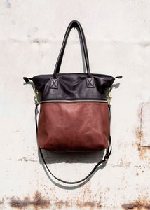 Image of Leather tote bag - with shoulder strap Chestnut brown