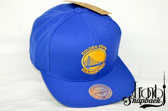 Image of GOLDEN STATE WARRIORS ROYAL BLUE MITCHELL & NESS SNAPBACK
