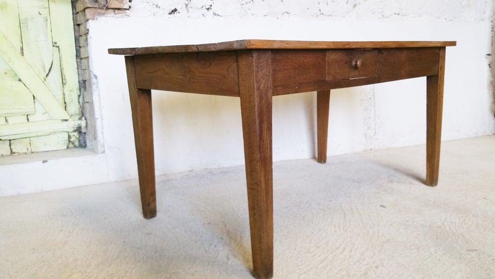 Image of Table de ferme en bois naturel