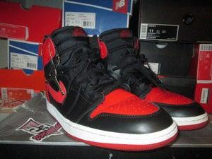 """Image of Air Jordan I (1) Retro Hi """"Blk/Red"""" 2001 *PRE-OWNED*"""