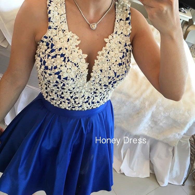 Синие платья с жемчугом