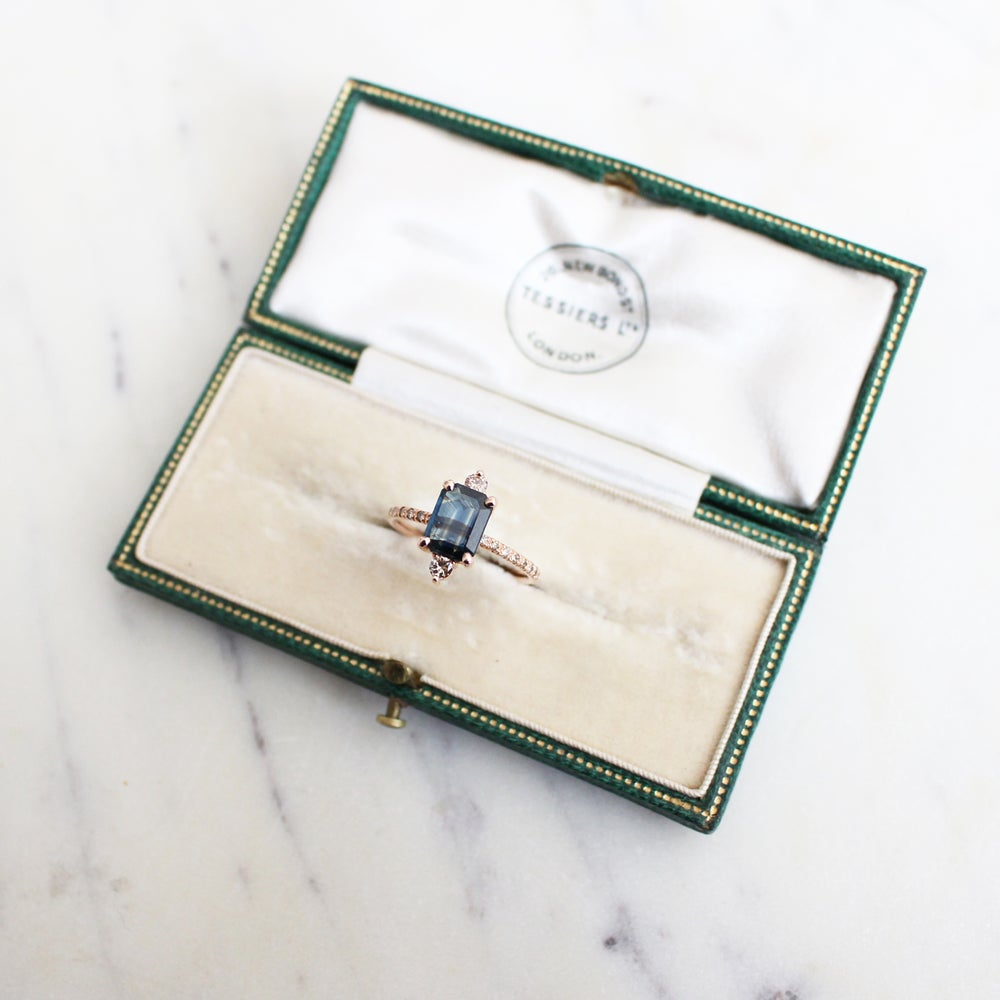 Image of Sparkling Sapphire Ring