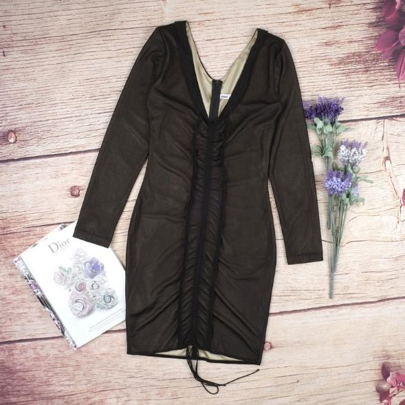 Image of BLACK V-NECK OBLIQUE PACKAGE HIP DRESS