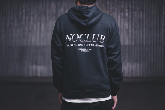 Image of FW16 NOCLUB HOODED ZIP-UP