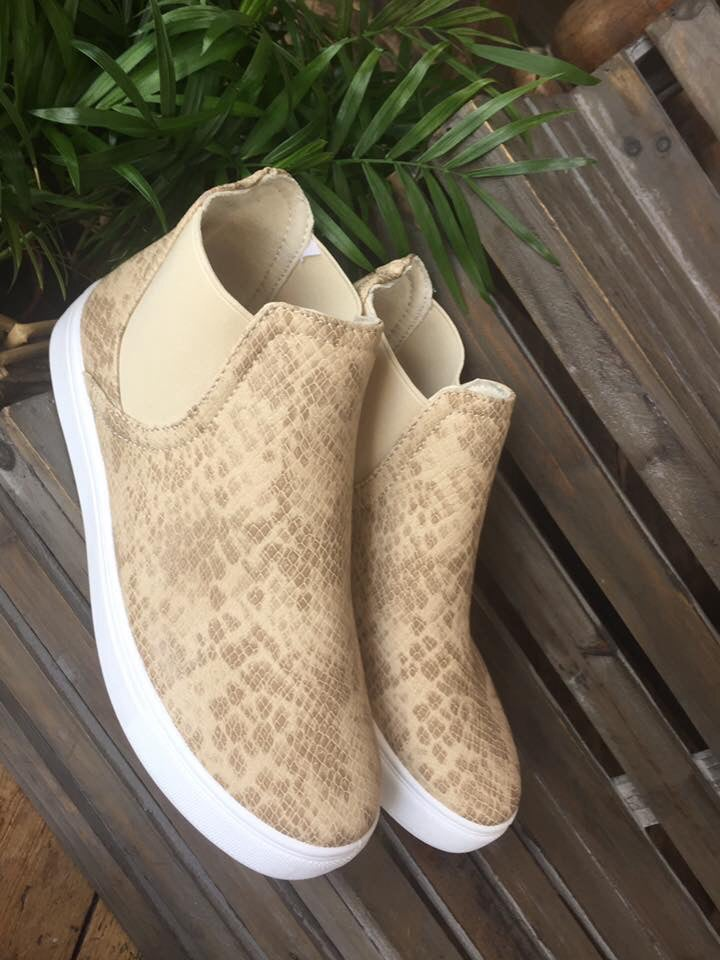 Image of Slip on Pumps Beige