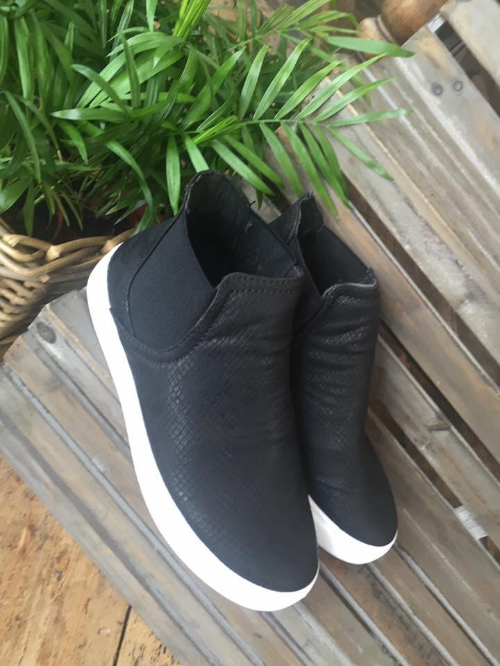 Image of Slip on Pumps Black