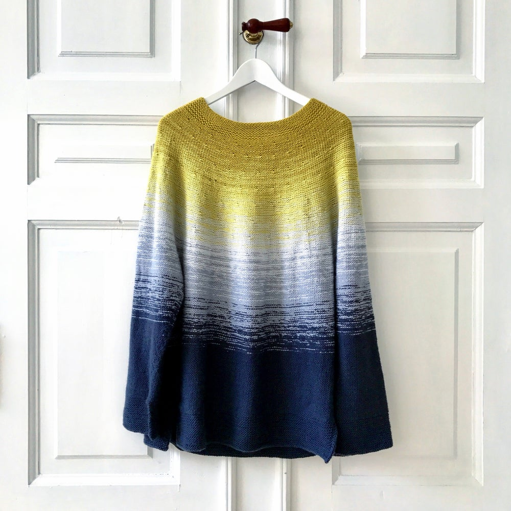 Image of Dip Dye Sweater - Upsize